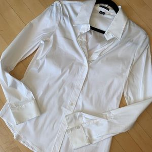 Theory fitted shirt. Med.  CB683